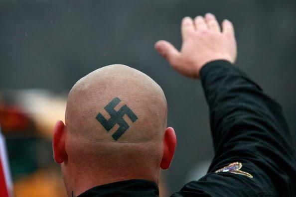 Suíça autoriza saudações nazistas