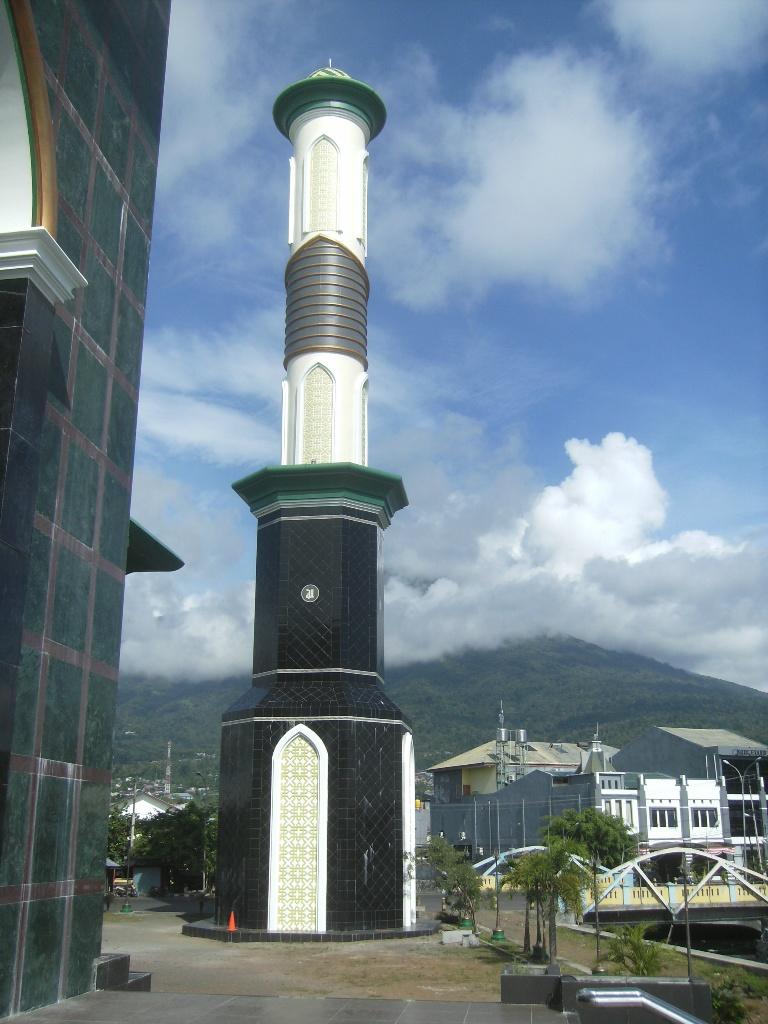 Kota Ternate Dalam Gambar - Ardi La Madi's Blog