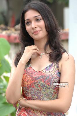 bollywood Actress Tamanna sexy wallpapers
