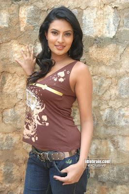 Adina Barbu Hot