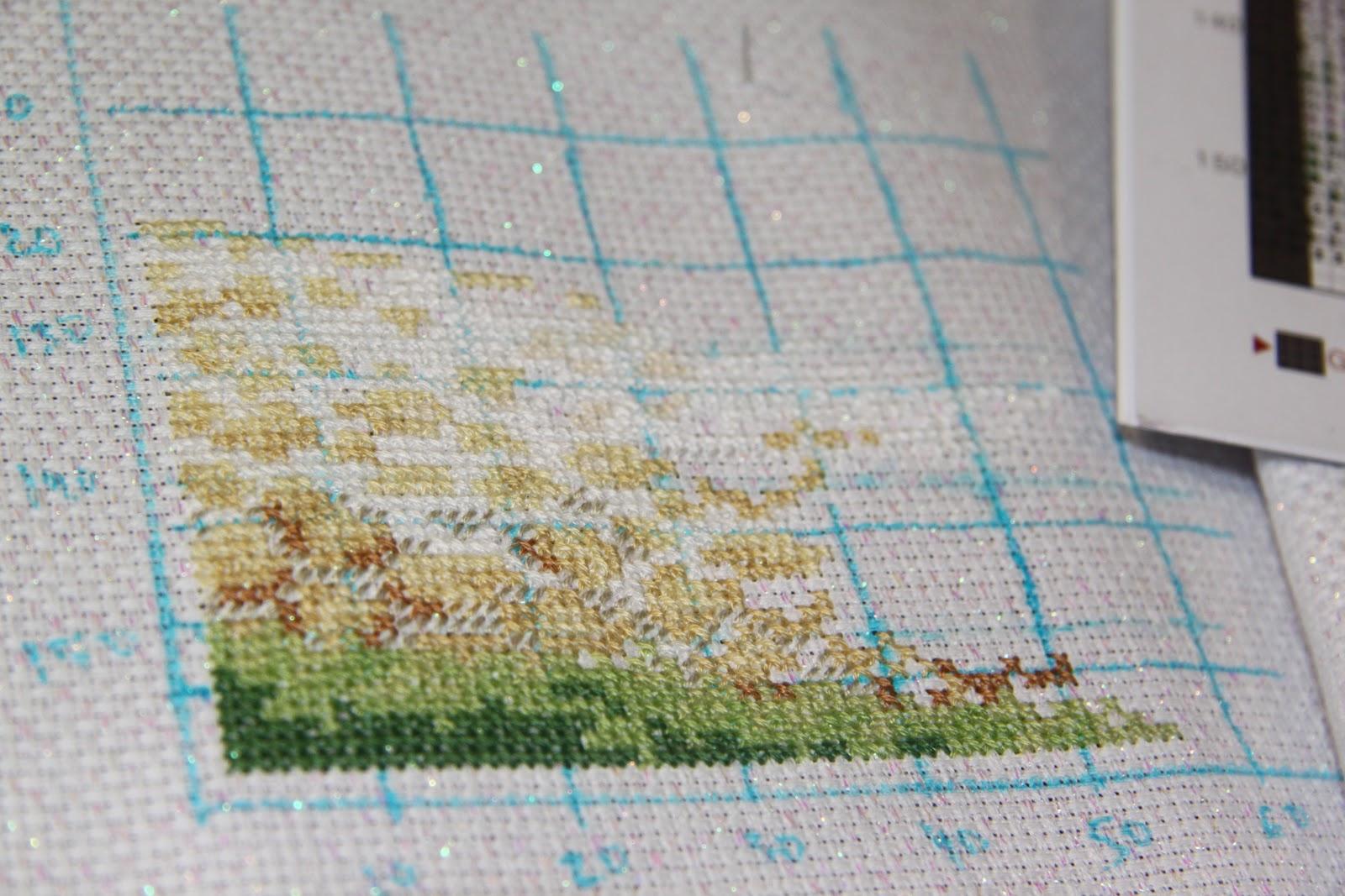 Схема для вышивки зеленая деревенька 45