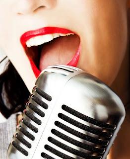 karaoke-elle-word-radio-show-mondays