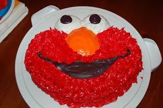 elmo+cake Hummingbird Cupcakes