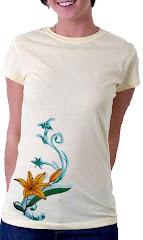 "Damenshirt classic in cremeweiss Design ""Lilie"""