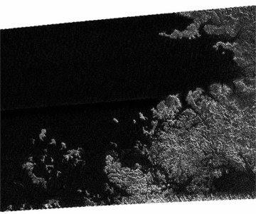 Mares e islas en Titán