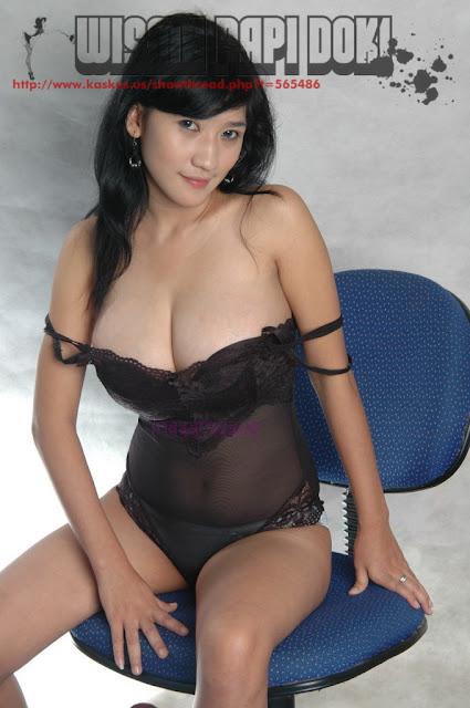 Foto Hot - Tante Girang Toge