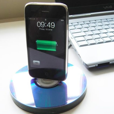 CD iPhone Dock
