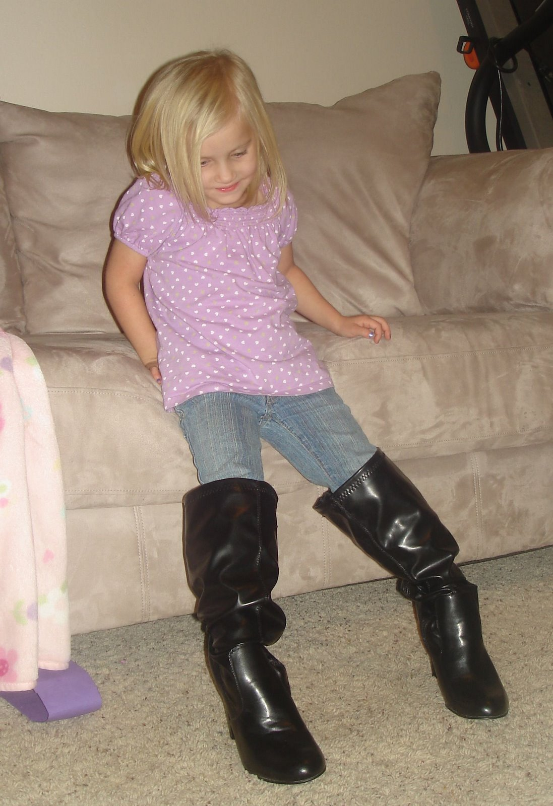[cadence+in+boots#3.jpg]