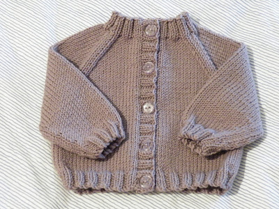 RAGLAN SLEEVE BABY CARDIGAN PATTERN Sewing Patterns for Baby