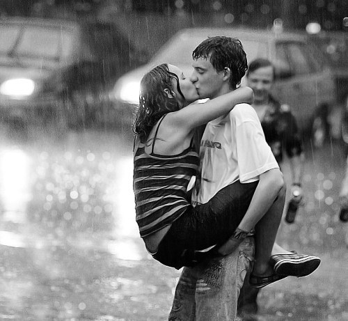 quotes about kissing in the rain. couple kissing in rain.