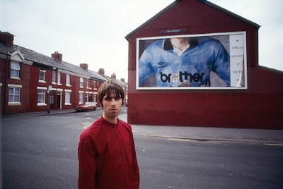 Liam Gallagher, 1994