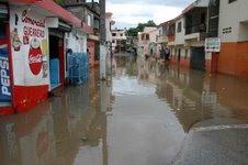 Decenas de viviendas inundadas; Pueblo Nuevo espera del auxilio de las autoridades