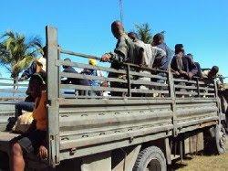 DENUNCIAN SUPUESTO ABUSOS EN REPATRIACION DE HAITIANOS