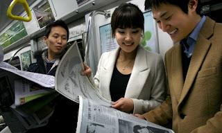 Sale al mercado el papel electrónico