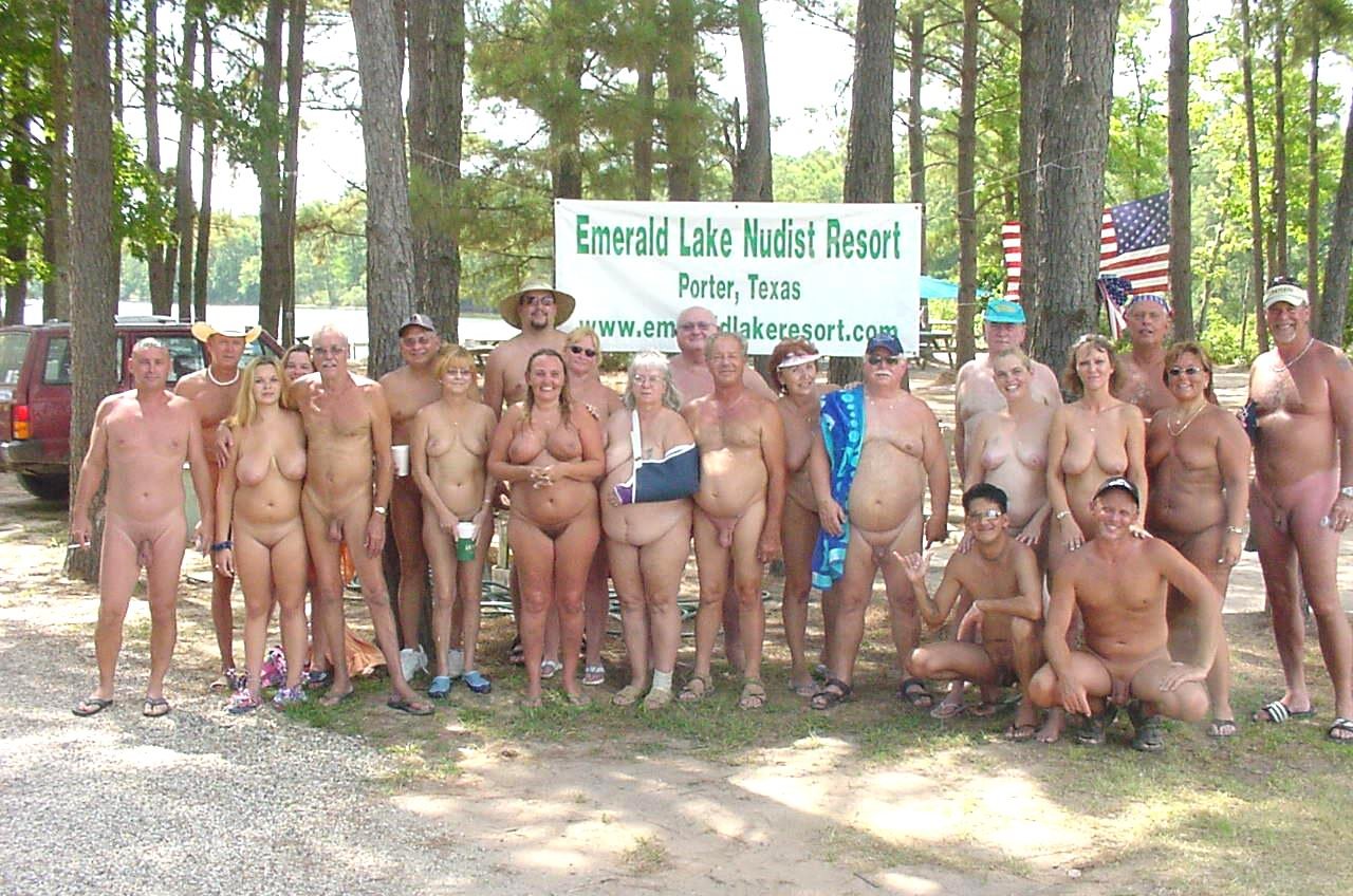 European naturist families all