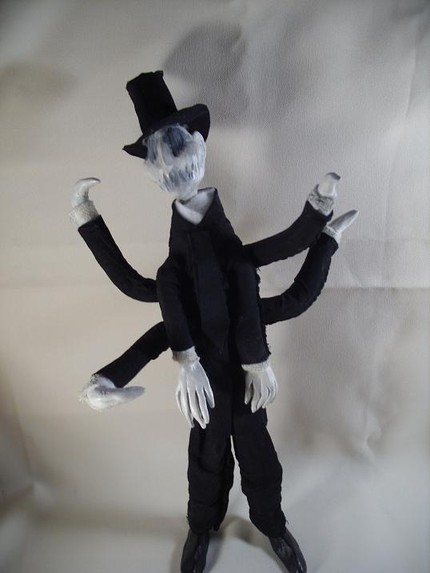 Oddollsdotnet slender man creepy sculpture doll ooak