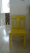 En gul stol