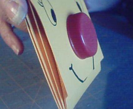 วิธีทำกระเป๋า กระเป๋ากล่องนม วิธีสาน วิธีทำ กระเป๋าใส่เศษตังค์ กระเป๋าใส่เหรียญ กระเป๋าเงิน กล่องนม กล่องน้ำผลไม้ลดขยะ รีไซเคิล เหลือใช้ ไอเดีย