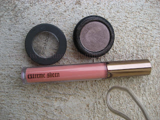 product photos of Smashbox Minx eyeshadow and Hourglass extreme sheen lipgloss in Truth