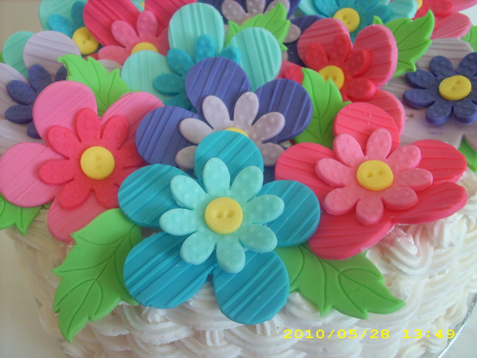 Cake Design Wilton : Cake-A-Thon: Flowers and Cake Design Wilton Method Course