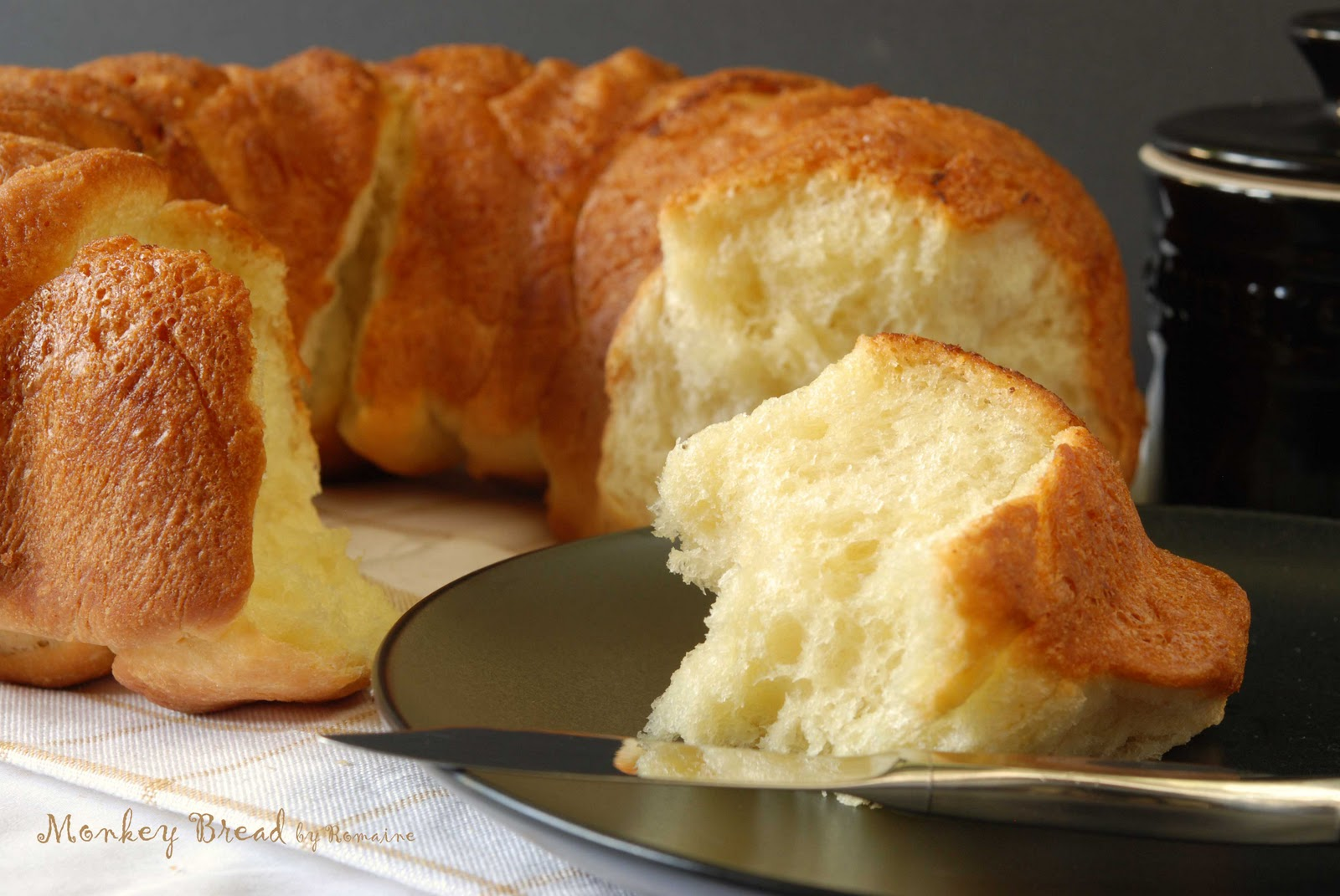 www.salad-in-a-jar.com/family-recipes/bread-machine-monkey-bread
