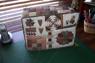 Solo Patchwork: Funda de maquina de coser en patchwork