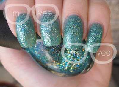 Nicole by opi Gossip Girl collection