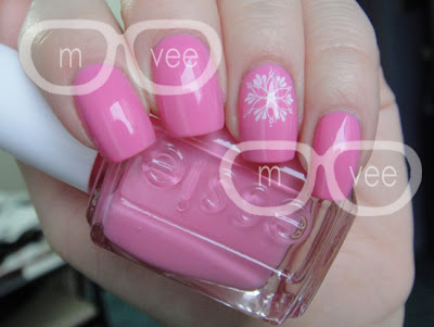 essie lovie dovie swatch
