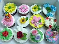 CLASS CUP CAKE FONDANT,BUTTER CREAM &amp; GUMPASTE - RM 250