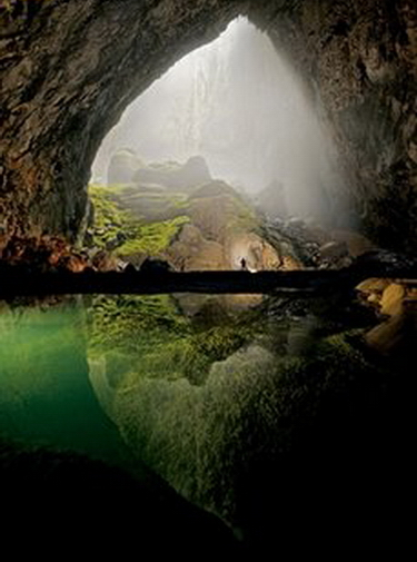 Explorers discover spectacular caves in Vietnam