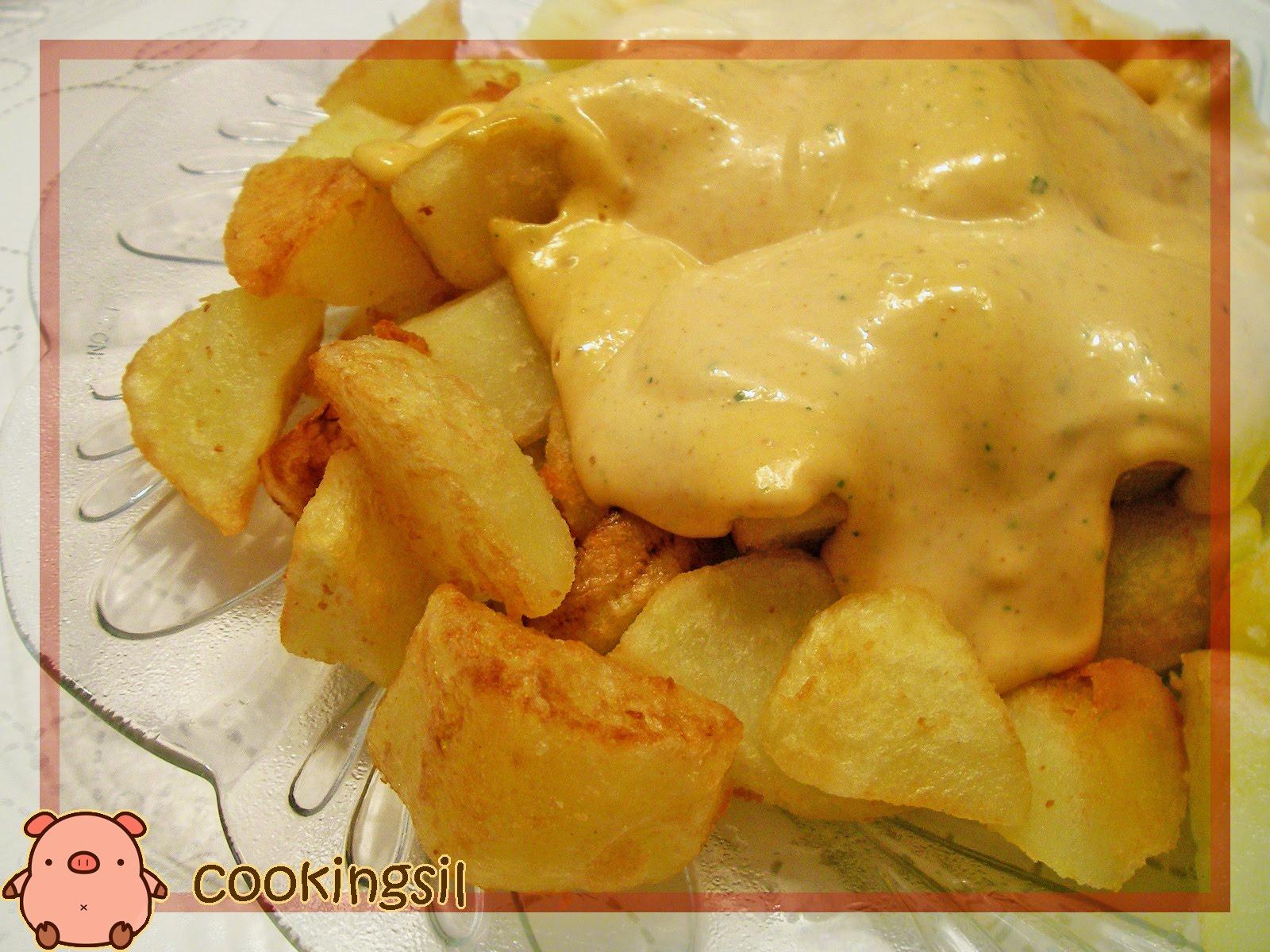 Patatas bravas al estilo Paraíso