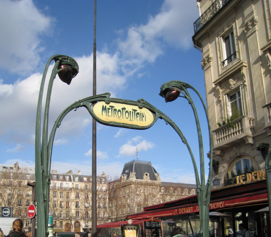 Metropolitain - Jugendstil Métro-Schild in Paris