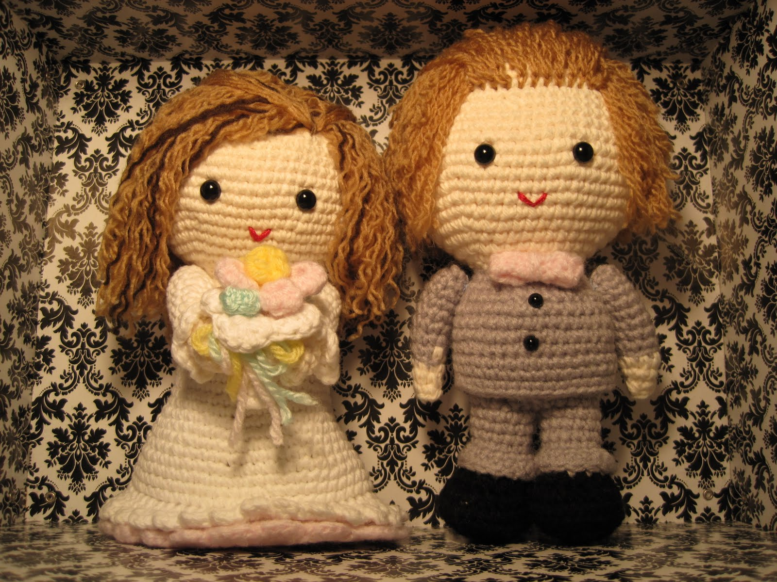 CROCHET PATTERN WEDDING DOVES BRIDE GROOM AFGHAN CROSS STITCH