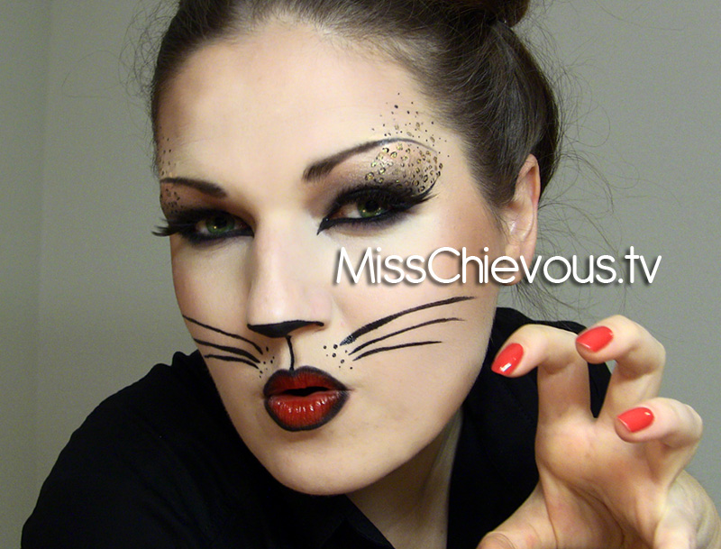 Julia Graf: Sexy Cat Halloween Makeup - Pretty Cat Halloween Makeup