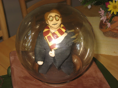 Harry Potter cake, suitcase cake, Las Vegas Wedding cakes