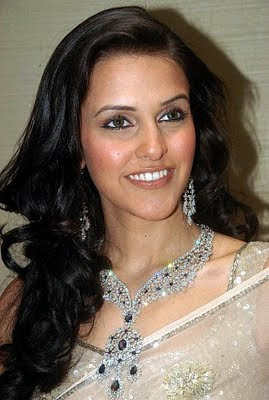 Bollywood actress neha dhupia in Designer Diamond Jewellery