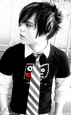 Fashion EMO Hairstyle For Men