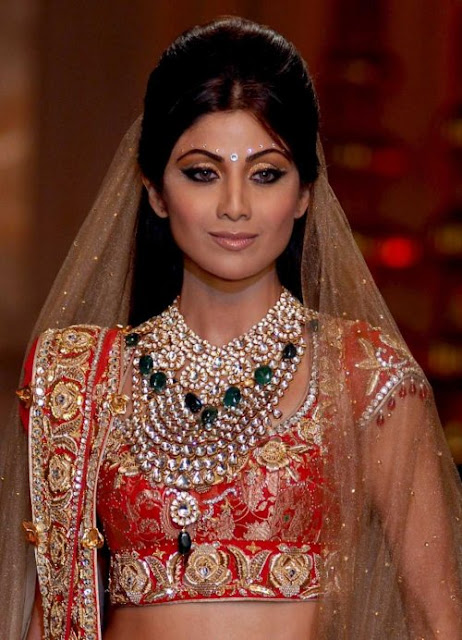 Shilpa Shetty in Bridal Jewellery at India Couture Week