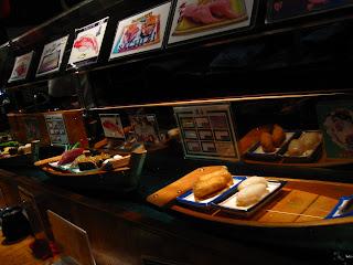 une rivière de sushis