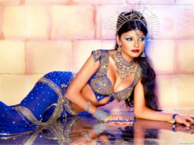 Sherlyn Chopra in Indian Ethnic Wear
