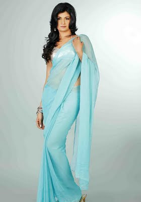 Vaidehi in blue plain saree with spaghetti strap blouse design