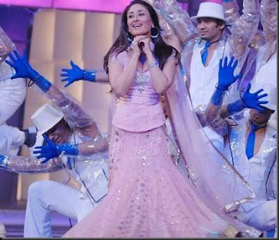 Kareena Kapoor Sizzling Performance at the 55th Filmfare Awards 2010