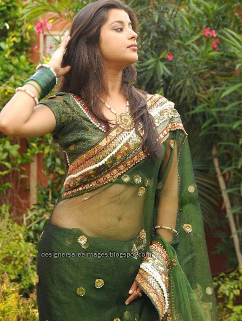 Actress Madhurima in Transparent Green Saree picture