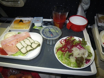 着陸前の食事