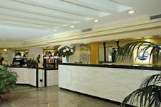La hall dell'Hotel Borgo Marina