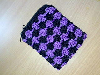 The Crochet Tangle Untangled: Crochet Coin Purse in Catherine Wheel ...