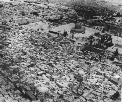 http://3.bp.blogspot.com/_uPzsiWdvLoQ/SRHAbqoxNDI/AAAAAAAAA08/5ISqPgR9GAQ/s400/Jerusalem_old_city.jpg