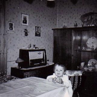 Von klassischen sekten bis esoterik denk bar for Wohnzimmer 1950