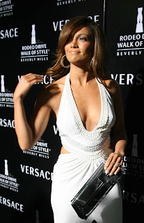 Jennifer Lopez in Rodeo Drive Walk Of Style Awards