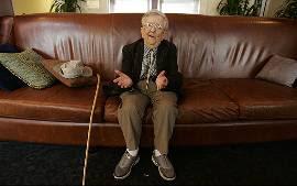Ator de 'O mágico de Oz' morre aos 94 anos